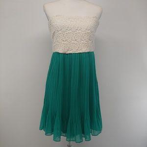 Gianni Bini Dress Strapless Dress Medium NEW
